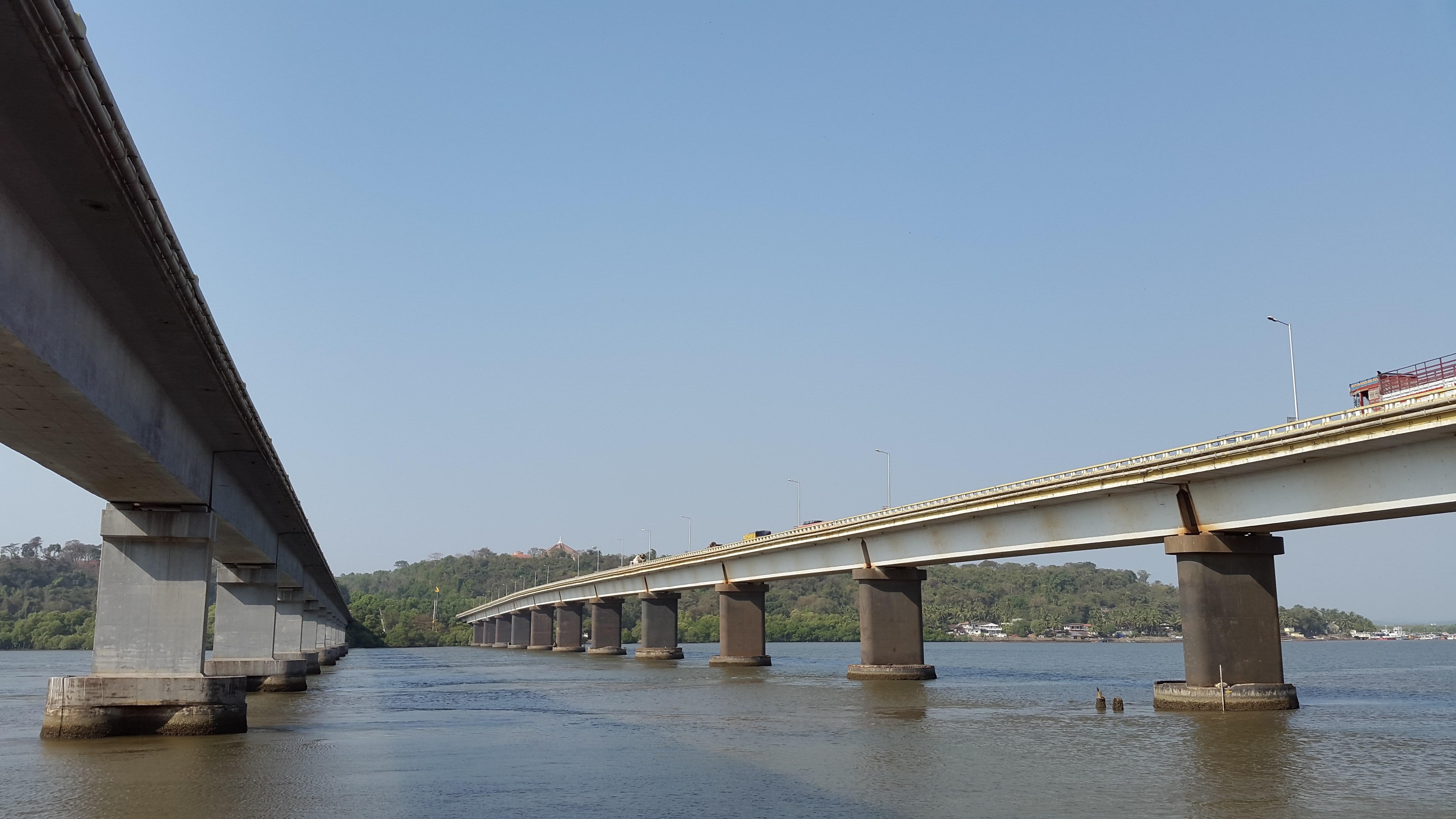 mandovi-bridge-4-min