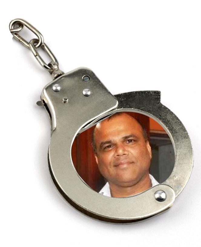 handcuff1-min