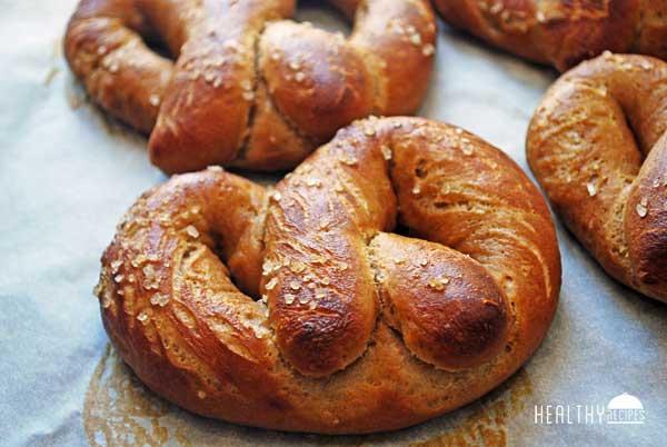 pretzels1-min